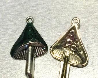 mushroom: green enamel