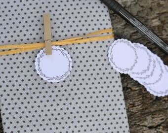 15 labels blank pattern wreath - for your place cards, table plan