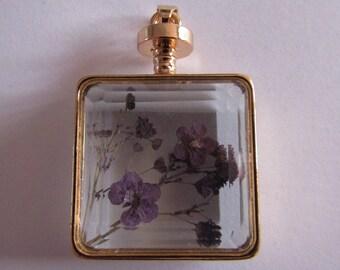 Golden glass 42mmx29mm pendant