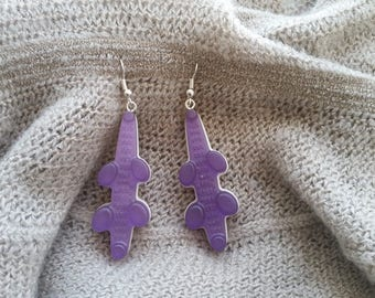 Pierced ears candy Crocodiles in violet and white resin