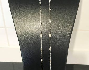 long necklace with connector hammered round plque deuxrangs silver