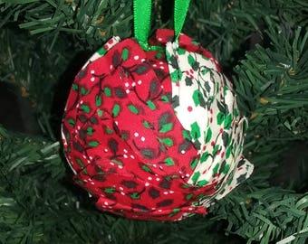 """Christmas ball """"Artichoke"""" - the Holly"""