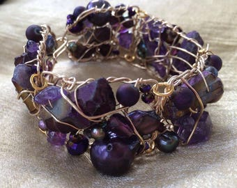 gold filled handmade wire bracelet with Amethyst and pearls