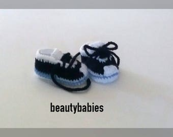 baby blue sky and Navy Blue sneakers size 3 to 6 months