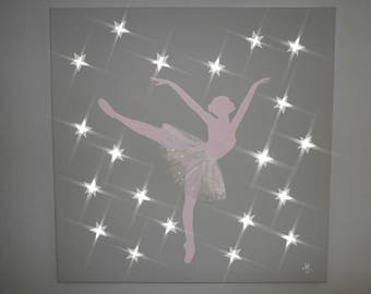 "Light painting ""ballerina"" white leds, pink and gray"