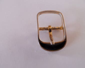 French belt buckle in gold and black porcelain on the end