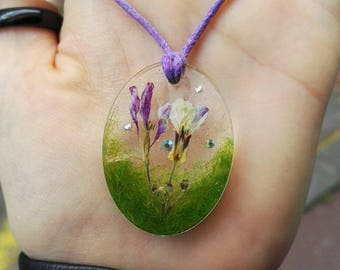 Dried flower inclusion, fake grass and rhinestone crystal necklace