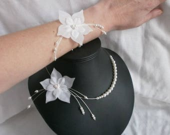 Wedding set - Ines - flowers of silk and white pearls