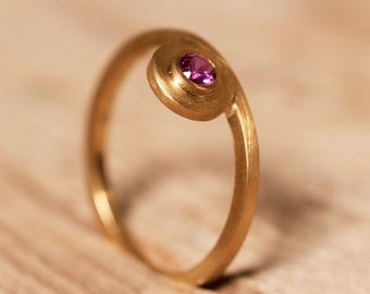 Ring 18 K gold, Ruby ring, knuckle ring, satin, precious gemstone ring, red gemstone ring, thin ring, unique ring.