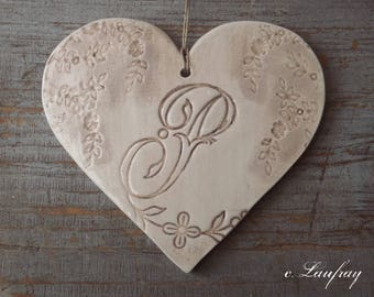 Large heart earthenware and lace prints to hang, beige taupe, letter 'P'