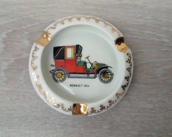 Ashtray vintage depicting a 1914 Renault car