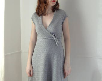 Dress hides heart grey Jersey