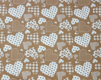 Beige and white fabric coupon with big hearts 1.44 x 1.50 m