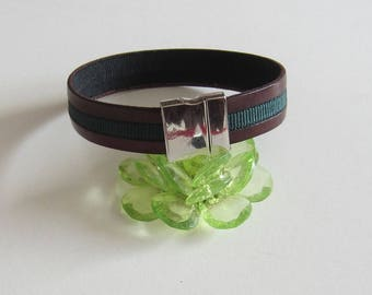 Burgundy leather Ribbon and green fabric Ribbon Bracelet. Magnetic clasp