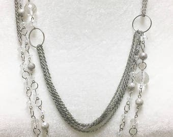 Bold crystal and rope chain