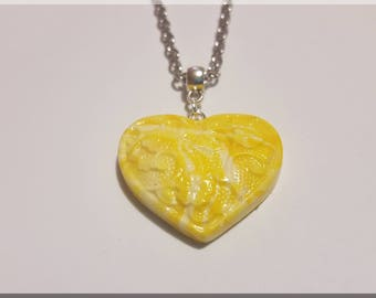 Shades of yellow heart pendant necklace