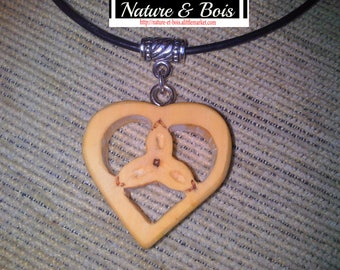 Celtic jewelry wooden box, triqueta Heart Necklace