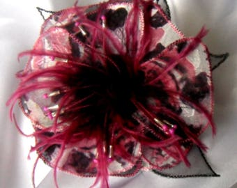 Fabric flower brooch & feathers and pearls * 239