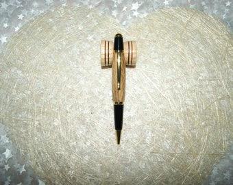 Roman ballpoint pen turned by hand in Echaufe beech wood