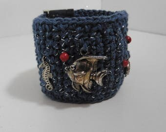 Sailor bracelet cuff crocheted magnetic closure breloquess and pearls