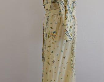 """Bathrobe/Gown/bathrobe/kimono """"Indian birds"""""""