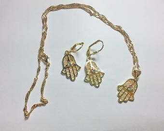 Set earrings and protective hand of Fatima Necklace (plated yellow gold)