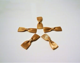 Set of 5 light brown satin bows size 5cm x 16mm