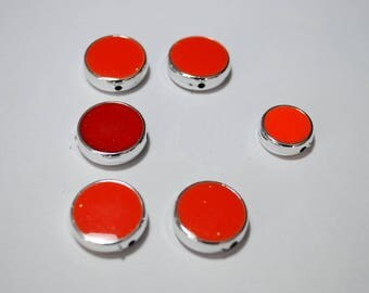 Beads pucks resin pellets. Set of 5 2 cm and 1 x 16 mm
