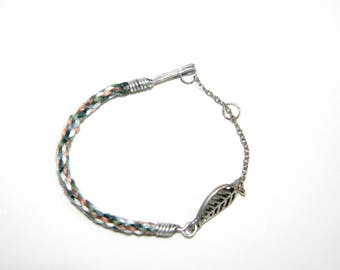 Handmade bracelet woven - cotton and charm - feather