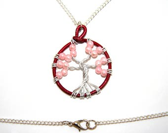 Red-pink tree pendant necklace