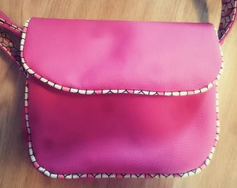 Hand bag fuchsia vegan leather and fabric cotton contours 3D cube black white and pink geometric 21x19x8cm