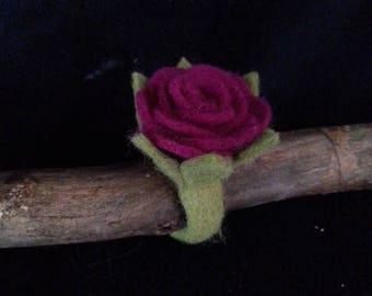 Felt ring rose
