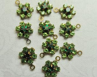 swarovski crystal, Emerald flower 7 mm 2 connectors