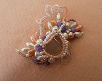Romantic flowery branch brooch