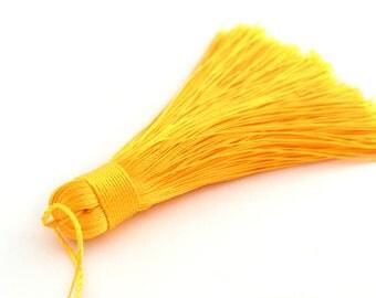 Large tassel pendant yellow 7-8 cm polyester
