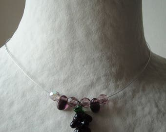 Necklace in shades of purple grapes
