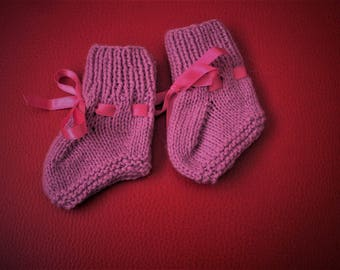 Hand Knitted 100% Cashmere Baby Girl Booties, Crib Shoes, 0-3 months