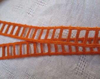 3.5 m vintage orange stripe in the shape of 1.5 cm wide