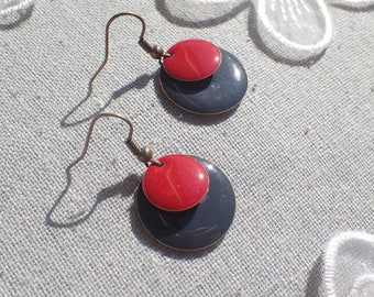 unique earrings bronze two sequins, red and gray