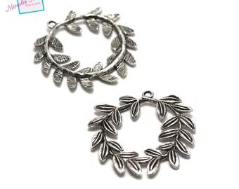 "has 2 pendants charm ""laurel wreath"" 40 x 40 mm, silver, 091"