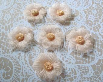 SET of 6 flower ORGANZA apricot 4.5 cm TASSELS