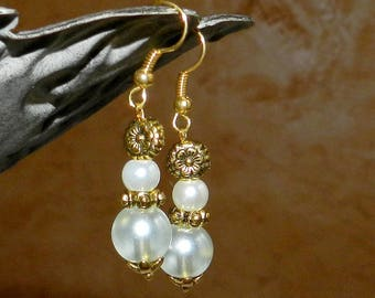Earrings for bride style romantic white and gold