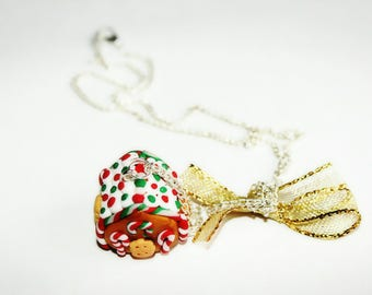 My gingerbread house necklace