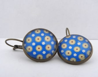 Sunflowers and daisies blue cabochon earrings