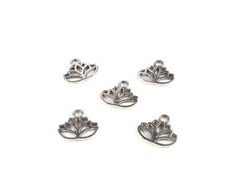 10 Metal color antique silver 15 x 17mm Lotus charms