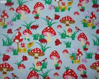 Fabric C930 mushrooms amid gray coupon 35x50cm