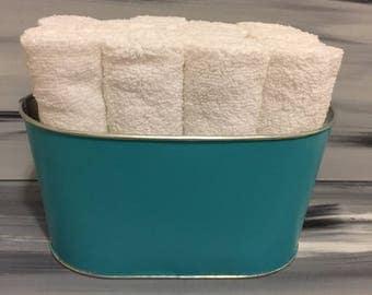 Teal Bathroom Bin - Bathroom Wash Cloth Bin with 12 white wash cloths.