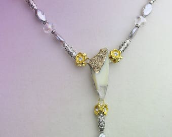 18kt Chalcedony Drusy necklace