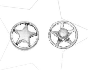 A snap chunk metal star, 12 mm diameter