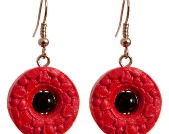 Women earrings dangling round red floral embossed floral and small black stone ring